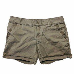 Maurices Shorts Khaki Tan Chino Casual Sz 15 / 16